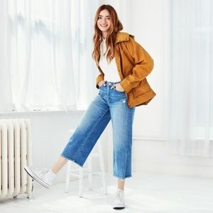 Uniqlo wide leg crop jeans with distressing